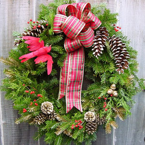 Plaid_Christmas_Wreath-300.jpg