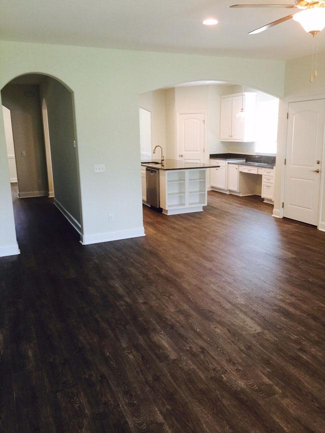 16-wo-livingroom.jpg